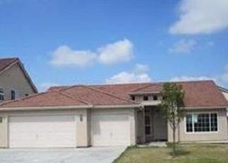 Pre Foreclosure in Los Banos 93635 SANTA ANA ST - Property ID: 1612345816