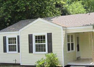 Pre Foreclosure in Huntsville 35811 N PLYMOUTH RD NW - Property ID: 1612519687
