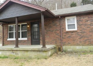 Pre Foreclosure in Fairdale 40118 OLD MITCHELL HILL RD - Property ID: 1613004972