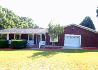 Pre Foreclosure in Lake City 32024 SW SUWANNEE DOWNS DR - Property ID: 1613024671