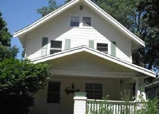 Pre Foreclosure in Cedar Rapids 52403 6TH AVE SE - Property ID: 1613395635
