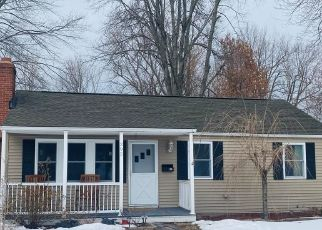 Pre Foreclosure in Wethersfield 06109 PROSPECT ST - Property ID: 1613899295
