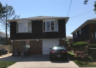 Pre Foreclosure in Howard Beach 11414 92ND ST - Property ID: 1613955359