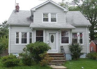 Pre Foreclosure in Maplewood 07040 PRINCETON ST - Property ID: 1614379316
