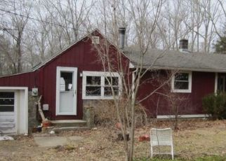 Pre Foreclosure in Ashford 06278 BEBBINGTON RD - Property ID: 1614601825