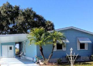 Pre Foreclosure in Lady Lake 32159 HILTON HEAD BLVD - Property ID: 1614740206