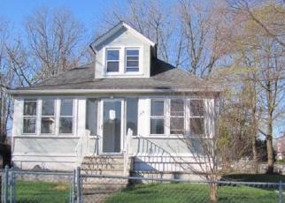 Pre Foreclosure in Belford 07718 RAILROAD AVE - Property ID: 1615098472