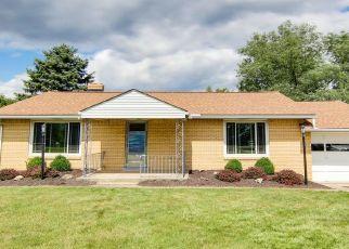 Pre Foreclosure in Mc Kees Rocks 15136 BEAVER GRADE RD - Property ID: 1615238181