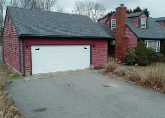 Pre Foreclosure in Westport 02790 UNIVERSITY DR - Property ID: 1615345493