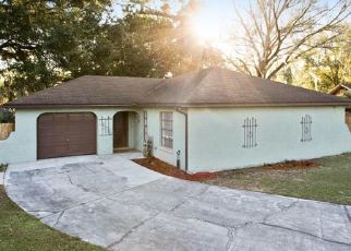 Pre Foreclosure in Lakeland 33801 CINDY LN - Property ID: 1615636303