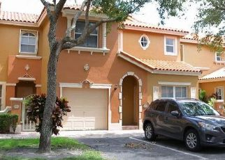 Pre Foreclosure in Hialeah 33016 NW 139TH TER - Property ID: 1615679668