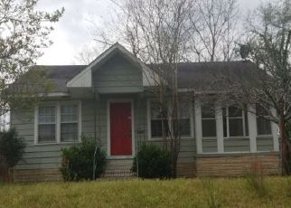 Pre Foreclosure in Ozark 36360 CHOCTAW ST - Property ID: 1615689744
