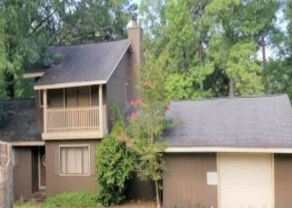 Pre Foreclosure in Alexander City 35010 WINDY PT - Property ID: 1615704183