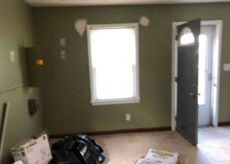 Pre Foreclosure in Oak Ridge 07438 WILDWOOD RD - Property ID: 1615981425