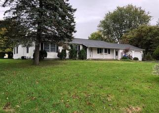 Pre Foreclosure in Waterloo 13165 E WRIGHT AVE - Property ID: 1616413268