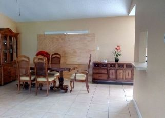 Pre Foreclosure in Orlando 32808 LIGHTHOUSE RD - Property ID: 1616683956