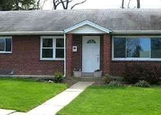 Pre Foreclosure in Harrisburg 17109 HILLCREST RD - Property ID: 1616724677