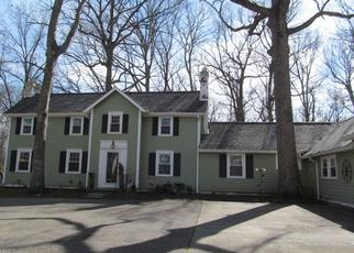 Pre Foreclosure in Lawrenceville 62439 COUNTRY CLUB RD - Property ID: 1616757521