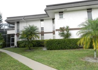 Pre Foreclosure in West Palm Beach 33411 GREENWAY VLG N - Property ID: 1617782374