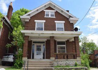Pre Foreclosure in Cincinnati 45205 SUNSET AVE - Property ID: 1622302713