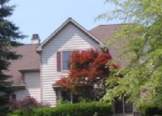Pre Foreclosure in Gates Mills 44040 VILLAGE TRL - Property ID: 1623022296