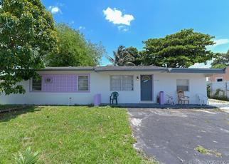 Pre Foreclosure in Opa Locka 33054 NW 157TH TER - Property ID: 1624362499