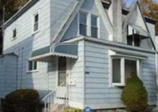 Pre Foreclosure in Lansdowne 19050 YEADON AVE - Property ID: 1624557394