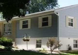 Pre Foreclosure in Green Bay 54302 DEBRA LN - Property ID: 1624690545