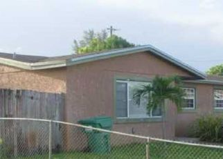 Pre Foreclosure in Hialeah 33015 NW 81ST CT - Property ID: 1624702815