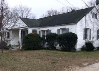 Pre Foreclosure in Lakehurst 08733 CHESTNUT ST - Property ID: 1624887183