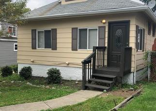 Pre Foreclosure in Cincinnati 45205 HEYWARD ST - Property ID: 1625019910