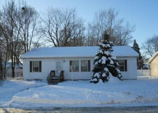 Pre Foreclosure in South Glens Falls 12803 CATHERINE ST - Property ID: 1625106621