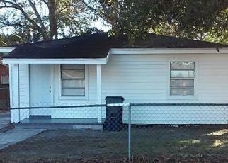 Pre Foreclosure in Tampa 33610 N 37TH ST - Property ID: 1625327803