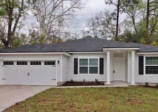 Pre Foreclosure in Jacksonville 32244 WOODMAN DR - Property ID: 1626100377