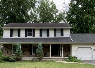 Pre Foreclosure in East Amherst 14051 WOOD ACRES DR - Property ID: 1626331183