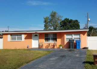 Pre Foreclosure in Tampa 33634 W PARIS ST - Property ID: 1626383758