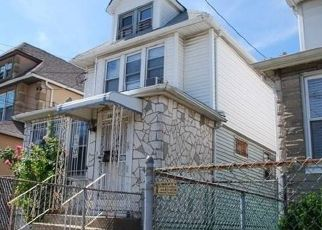 Pre Foreclosure in South Ozone Park 11420 LINDEN BLVD - Property ID: 1626553241