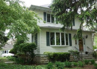Pre Foreclosure in Joliet 60435 CATHERINE ST - Property ID: 1626774423