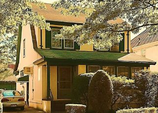 Pre Foreclosure in Forest Hills 11375 72ND AVE - Property ID: 1626819536