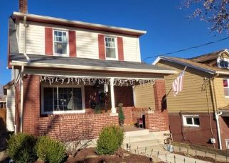 Pre Foreclosure in Pittsburgh 15216 MARTIN AVE - Property ID: 1626851955