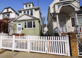 Pre Foreclosure in South Ozone Park 11420 SUTTER AVE - Property ID: 1626885222