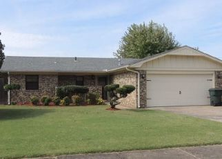 Pre Foreclosure in Muskogee 74401 S 38TH ST - Property ID: 1627011811