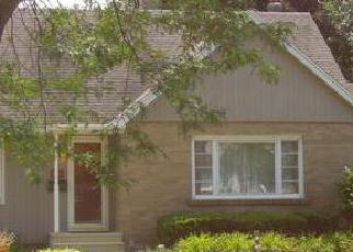 Pre Foreclosure in Joliet 60435 GLENWOOD AVE - Property ID: 1627086702