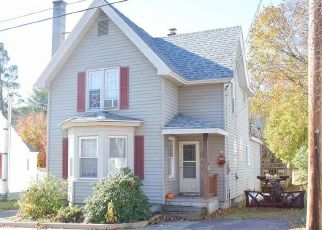 Pre Foreclosure in Gloversville 12078 MEADOW ST - Property ID: 1627313120