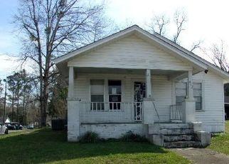 Pre Foreclosure in Bonifay 32425 E PENNSYLVANIA AVE - Property ID: 1627438838