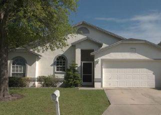 Pre Foreclosure in Lakeland 33813 EMERALD COVE LOOP - Property ID: 1627449787