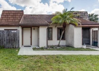 Pre Foreclosure in West Palm Beach 33406 PALM BAY CIR - Property ID: 1627672713