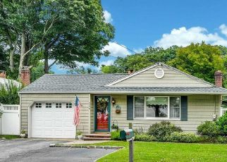 Pre Foreclosure in Huntington Station 11746 NEW YORK AVE - Property ID: 1628084400