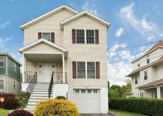 Pre Foreclosure in New Rochelle 10801 SICKLES AVE - Property ID: 1628109813