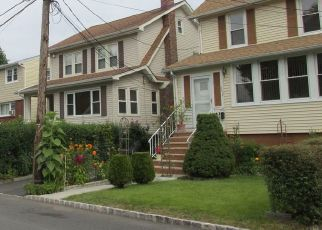 Pre Foreclosure in Englewood 07631 TWISBY PL - Property ID: 1628425134